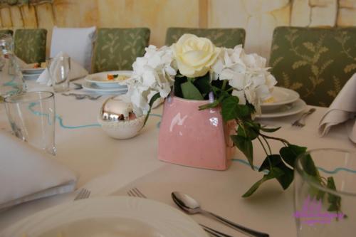 Komunia - dekoracje stołów (27)