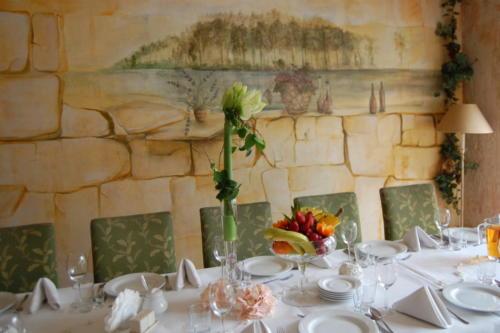 Komunia - dekoracje stołów (73)
